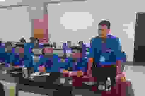 Kém ngoại ngữ và kỹ năng, lao động trẻ thiệt thòi khi hội nhập