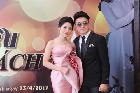Thu Trang lộng lẫy trong họp báo với trang phục NTK Lê Hoàng Hải