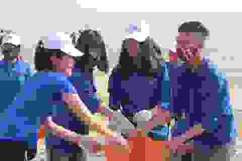 Hơn 1.500 đoàn viên, thanh niên Hà Tĩnh ra quân làm sạch bờ biển