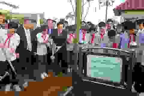 """""""Mỗi thầy cô giáo, mỗi HSSV hãy trồng và chăm sóc cây xanh"""""""