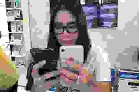 """iPhone X """"đọ"""" iPhone 8 đầu tiên tại Việt Nam"""