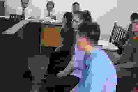Nữ cán bộ hải quan sân bay Tân Sơn Nhất tiếp tay buôn lậu