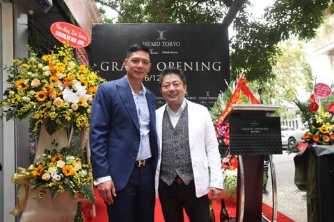 Diễn viên Bình Minh lịch lãm đến khai trương cửa hàng thời trang