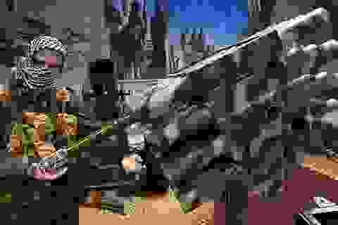 """Nga trưng bày vũ khí """"chắp vá"""" của IS tại triển lãm quân sự"""