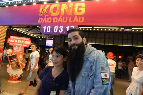 """Đạo diễn phim """"Kong"""" rao bán nhà ở Mỹ và muốn sống ở Việt Nam"""