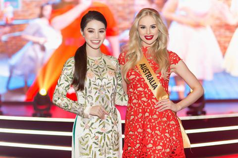 """Hoa hậu """"Hội con nhà giàu"""" Việt và Hoa hậu Australia thích thú vì sống gần nhà"""