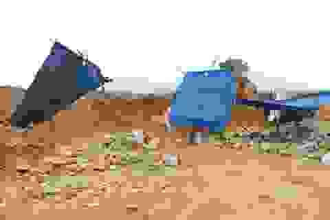 Băm nát đồi núi, khai thác đá trái phép giữa lòng Nha Trang