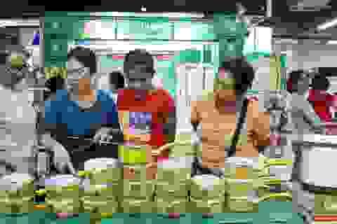 """Hàng Việt """"áp đảo"""" tại thị trường Lào"""