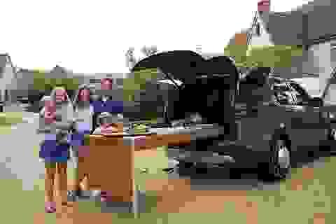 """Khi Land Rover """"bị"""" biến thành căn bếp di động"""