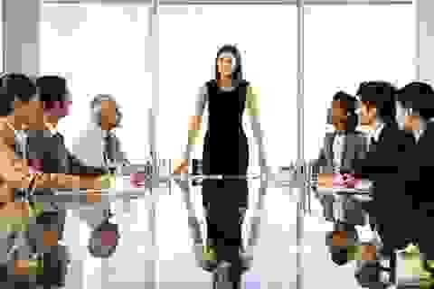 Lãnh đạo giỏi không làm những điều này khi họp