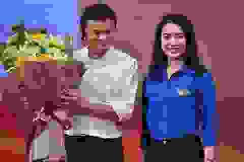 Tỷ phú Jack Ma đã nói riêng điều gì với Hoa khôi Ngoại giao Ngô Khánh Linh?
