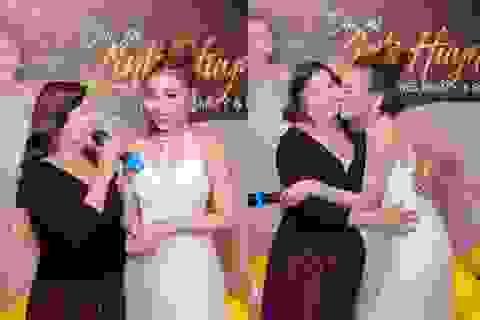 Đại sứVietnamFitness Model Linh Huỳnh khóc cám ơn mẹ trong tiệc sinh nhật