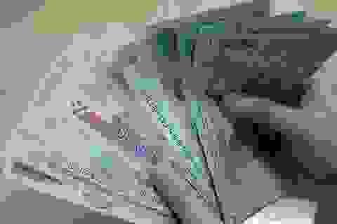 Có quy định chuyển xếp lương xuống ngạch thấp hơn?