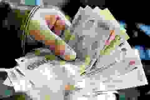 Từ hôm nay (1/1): Lương tối thiểu tăng từ 180.000 - 230.000 đồng