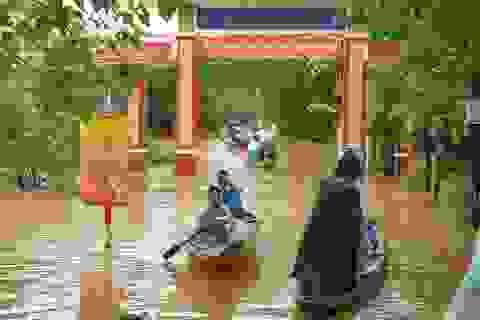 Thừa Thiên Huế lại mênh mông nước khi vừa qua trận lụt lớn