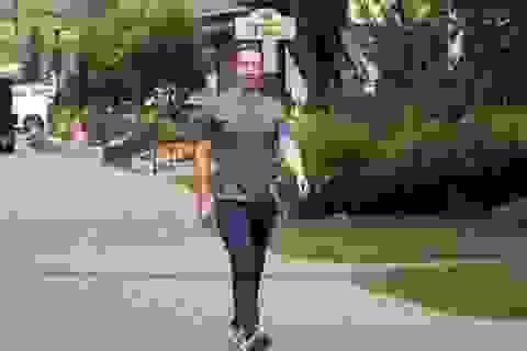 Có 74 tỷ USD, ông chủ Facebook Mark Zuckerberg tiêu tiền như thế nào?