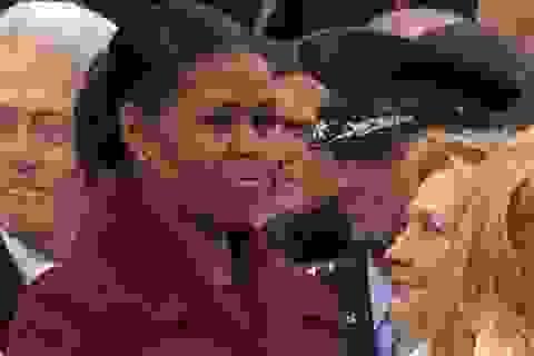 Giải mã ánh mắt khó hiểu của bà Obama trong lễ nhậm chức của ông Trump