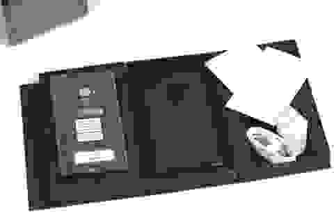 """Đập hộp Mi Mix 18K, smartphone """"không viền"""" chính hãng tại Việt Nam"""