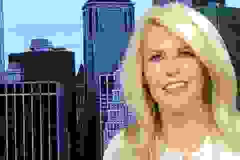Trợ lý truyền thông của ông Trump từ chức do bị nghi đạo văn