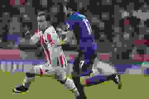 """Stoke 1-1 MU: Tới lượt Rooney thành """"cứu tinh"""""""