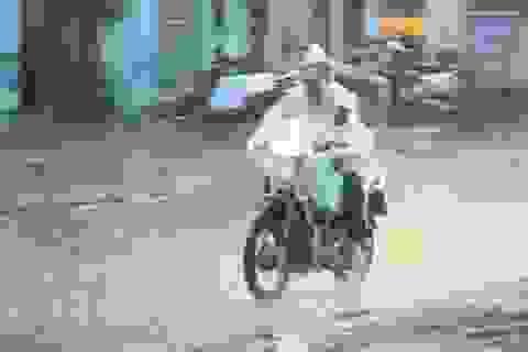 Hà Nội xuất hiện mưa rào và giông,  gió giật mạnh