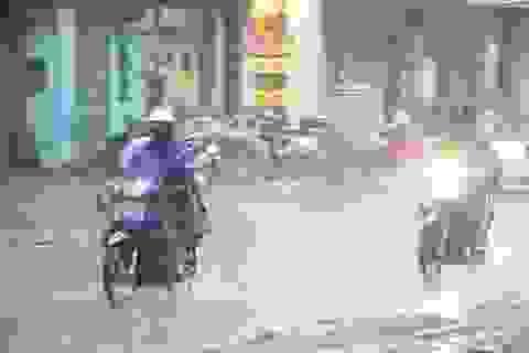 Mưa lớn kéo dài ở 2 thành phố lớn nhất nước