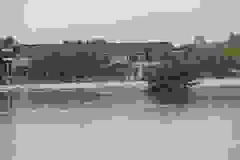 Mưa lũ gây cô lập nhiều nơi, hơn 250 nhà dân bị ngập