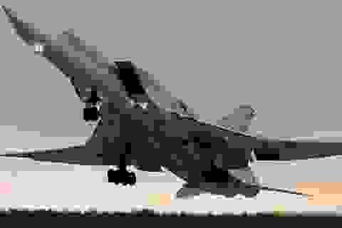 """Máy bay, binh sĩ Nga """"về nhà"""" sau sứ mệnh Syria"""