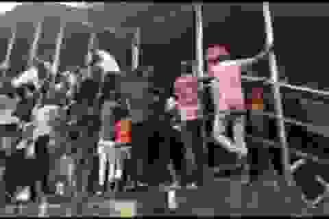 Giẫm đạp kinh hoàng ở Ấn Độ, ít nhất 22 người chết