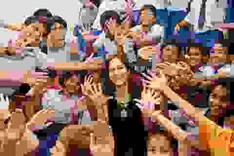 Trẻ không chỉ cần kiến thức, các em cần được sống