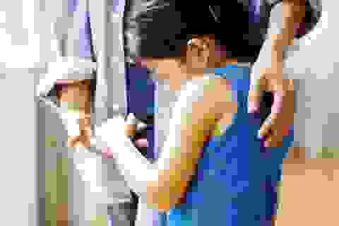Hà Nội: Bé gái 6 tuổi 3 lần bị người quen của gia đình dâm ô