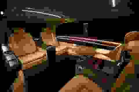 OKCU V-Class Elegance Edition - Phi cơ trên mặt đất