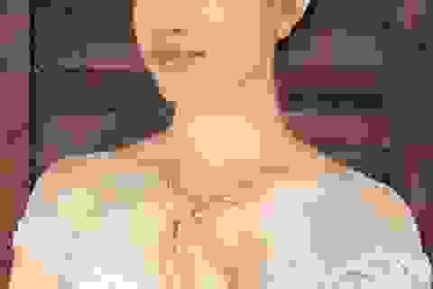 """Ngắm Lệ Hằng biến hóa cùng """"1001 phong cách cô dâu"""""""