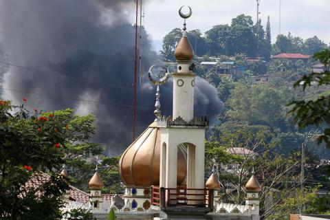 Thỏa thuận ngừng bắn đổ vỡ ở thành phố của Philippines bị chiếm đóng