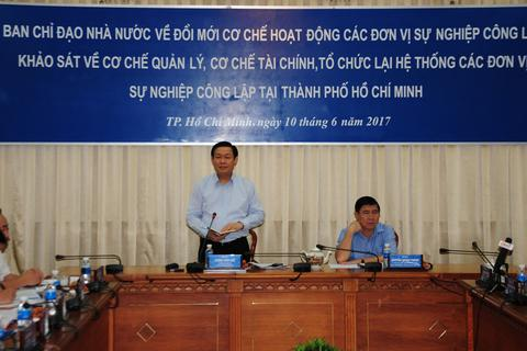Chủ tịch TPHCM: Xã hội hóa y tế, giáo dục không khéo dễ bị thổi còi ngay