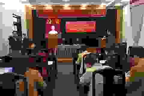 Huyện Tân Lạc họp báo về Lễ Đón nhận Huân chương lao động của Chủ tịch nước
