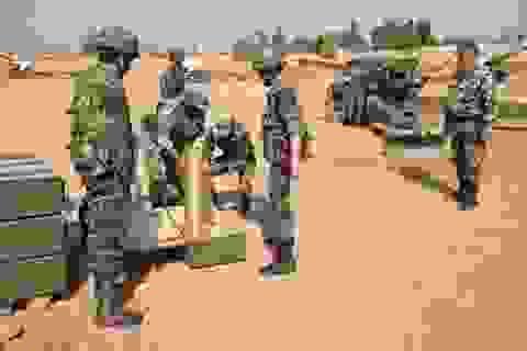 """Syria: Vừa đánh vừa đàm trong thế phe đối lập """"quay lưng"""""""