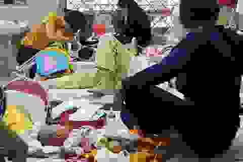 Mùa đông ấm bất thường, nhiều trẻ nhập viện vì được chăm sóc quá kỹ