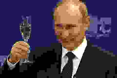Báo Mỹ: Putin siêu đẳng