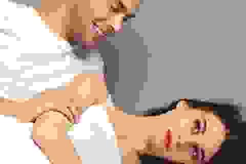 """Chồng càng cố, vợ càng """"tụt"""" cảm hứng yêu"""