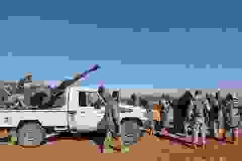 """Thổ """"nướng quân"""" tại Manbij, quân Assad hưởng lợi"""