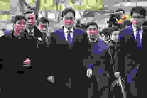 """13 luật sư """"dàn trận"""" cứu """"Thái tử"""" Samsung"""