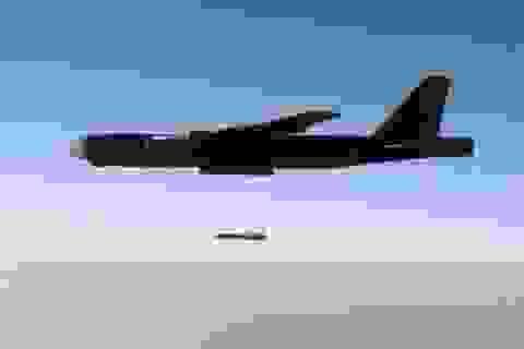 Mỹ khoe đòn đánh của AGM-86 hậu Tomahawk tại Syria