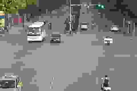 Đường phố trung tâm Hà Nội vắng vẻ trong ngày đầu nghỉ lễ
