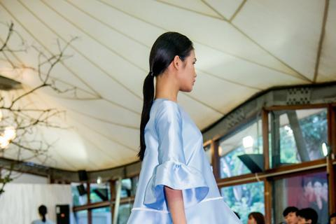 Adrian Anh Tuấn thổi hồn công nghệ vào thời trang