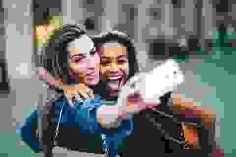 """Chụp ảnh """"tự sướng"""" sẽ không khiến bạn trở thành một người mắc chứng ái kỷ"""