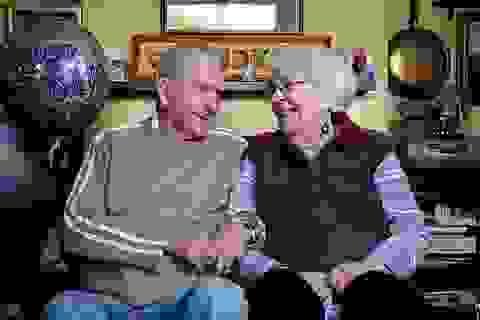 Cặp đôi kỉ niệm 70 năm ngày cưới chia sẻ bí quyết yêu bền lâu
