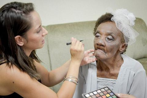 Cụ bà 106 tuổi trở thành vị hôn thê già nhất thế giới