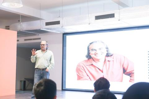 """3 thời điểm nên Startup - Chia sẻ từ """"bố già"""" của thung lũng Silicon"""
