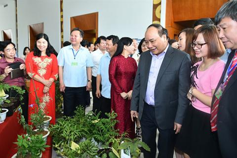 Bàn cách phát triển dược liệu Việt Nam quy mô toàn quốc